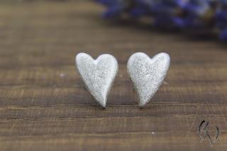 Ohrstecker Silber 925/-, Herz mattgekratzt aus eigener Anfertigung - Handarbeit kaufen