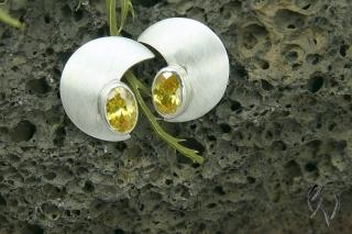 Ohrstecker Silber 925/-, großer Halbmond mit gelbem Zirkonia, strichmatt - Handarbeit kaufen