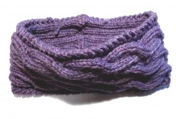 Stirnband ★ violett (dunkel lila) ★ mit Zopfmuster ★ gestricktes Stirnband ★ Wollstirnband ★ Die kleine Bastelwerkstatt