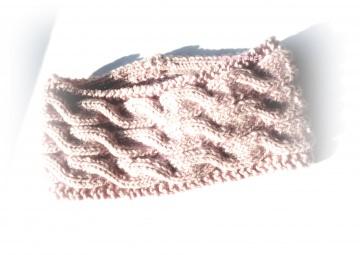 Stirnband ★ puderrosa ★ mit Zopfmuster ★ gestricktes Stirnband ★ Wollstirnband ★ Die kleine Bastelwerkstatt
