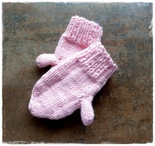 Baby Handschuhe ♥ Kleinkinder Handschuhe ♥ gestrickte Handschuhe ♥ Baby Fäustlinge ♥ rosa ♥ Die kleine Bastelwerkstatt