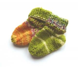 Baby-Socken ♥ Socken - Handgestrickte Socken ♥ Kindersocken ♥  Frühchen Socken ♥ Puppen-Socken ♥ Die kleine Bastelwerkstatt