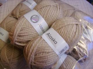 Strickgarn Alaska Fb. 8, beige, Schal-Wolle, Schurwoll-Gemisch, dicke Wolle, Nadelstärke 10-12