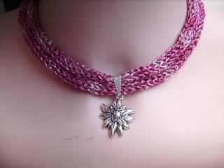 Dirndlkette mit Magnetverschluß, handgearbeitet, pink  , ca. 36 cm, dehnbar bis ca.43 cm lang,       - Handarbeit kaufen