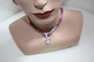 handgearbeitete Dirndlkette mit Krone, rosa-grau-silber, leicht elastisch,       - Handarbeit kaufen