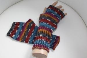handgestrickte Arm-/Handstulpen mit Daumenloch für Damen und Herren, bunt