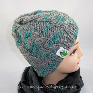 Mütze grau und türkis mit Zopfmuster - Handarbeit kaufen