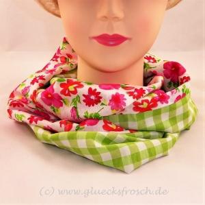 Schlauchschal mit roten Blumen und grünem Karomuster  - Handarbeit kaufen
