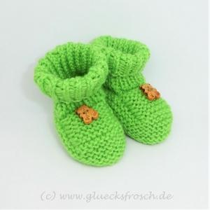 Babyschuhe, Babystiefel, grün mit Holzbärchen, 8 cm Fußsohlenlänge