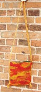 Filz-Handtasche, gefilztes Unikat mit brettchengewebter Borte