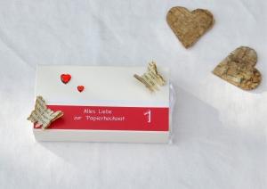 1. Hochzeitstag, Papierhochzeit Geschenkverpackung - Schachtel -