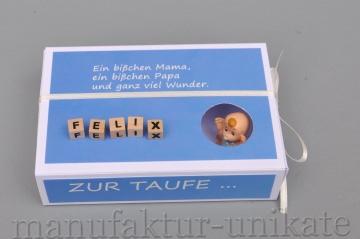Schachtel zur Taufe mit Namen vom Kind - Geldgeschenk - Spruch - HELLBLAU / Junge