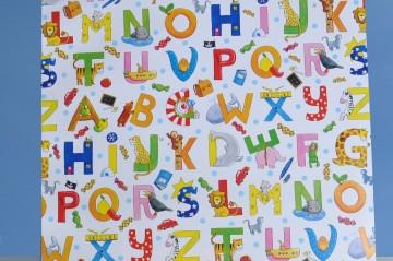 Geschenkpapier - Buchstaben Tiere - Alphabet - zum Schulanfang - Meterware  50 cm breit - Länge nach Wunsch