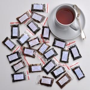 24 Sorten frischer loser Tee für Ihren Adventskalender zum Nachfüllen je 1 Tasse - Befüllung für den Adventskalender passt in eine normale Streichholzschachtel