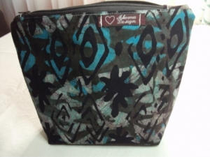 Tasche genäht, aus afrikanischen Batikstoff in Blau, Braun und Schwarz - Handarbeit kaufen