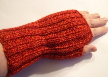 Armstulpen/Handstulpen/Pulswärmer, rot, mit Daumenloch