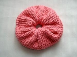 Gehäkeltes Scrunchie in hellrot, 100% Baumwolle, Haargummi, Zopfgummi  - Handarbeit kaufen