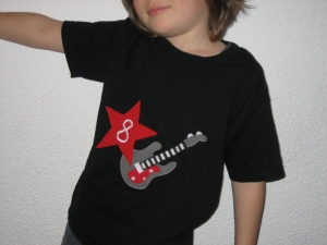 Rockiges Geburtstagsshirt - personalisierbar