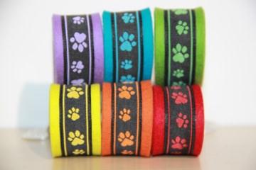 Schlüsselanhänger Hundepfoten, Hunde, Hund, Pfoten,  rot, gelb, grün, lila, blau
