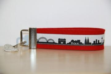 ZWEI LIEBLINGSSTÄDTE Schlüsselanhänger, ideal zum Umzug, halb und halb, 2 Städte SONDERANFERTIGUNG, aus 50 Skylines wählbar