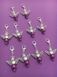 10 Perlenengel mit Karabinerhaken, handmade, Schutzengel, Anhänger, Weihnachtsgeschenk, beerenfarben