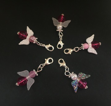 5 pink gemischte Perlenengel mit Karabinerhaken, handmade, Schutzengel, Anhänger