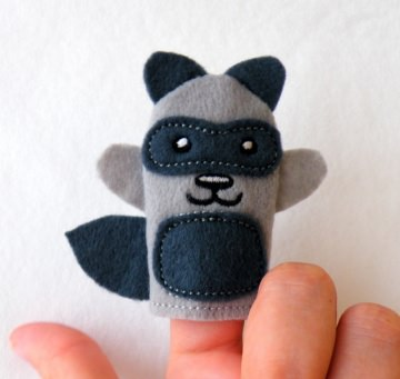 Fingerpuppe Waschbär - Handarbeit kaufen