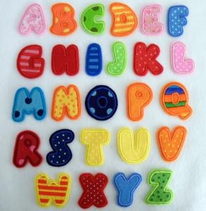 Applikation Buchstaben