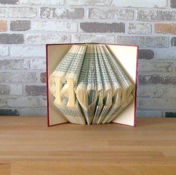 gefaltetes Buch - Home // Buchkunst // Bookfolding // Book Art // Geschenk // Einweihungsgeschenk // Dekoration // Freundschaft - Handarbeit kaufen