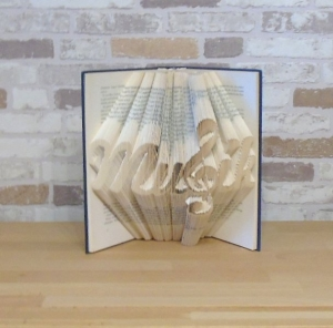 gefaltetes Buch - Musik // Bookfolding // Buchfalten // Book Art // Buchkunst // Geschenk // Dekoration // Musikliebhaber