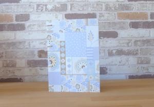 Notizbuch A5 Blumen hellblau // Tagebuch // Diary // Geschenk // Erinnerungen // Skizzenbuch - Handarbeit kaufen