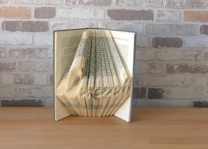 gefaltetes Buch - Lesezeit // Buchkunst // Bookfolding // Dekoration // Geschenk // Buchliebhaber // Lesen - Handarbeit kaufen