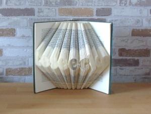 gefaltetes Buch - Leseecke // Bookfolding // Book Art // Geschenk für Sie // Geschenk für Ihn // Dekoration - Handarbeit kaufen