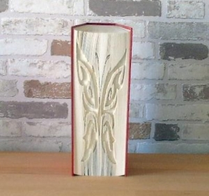 gefaltetes Buch - Schmetterling Silhouette // Bookfolding // Buchkunst // Dekoration // Book Art // Geschenk  - Handarbeit kaufen