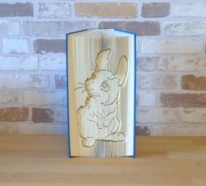 gefaltetes Buch - Hase sitzend // Buchkunst // Bookfolding // Dekoration // Geschenk // Kaninchen // Häschen - Handarbeit kaufen