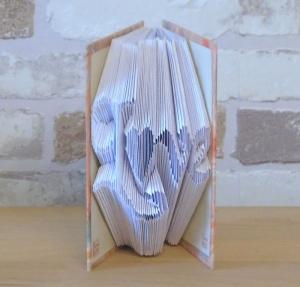gefaltetes Buch - Love in einem handgebundenen Notizbuch A7 // koptische Bindung // Dekoration // Buchkunst // bookfolding // Liebe - Handarbeit kaufen