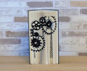 gefaltetes Buch - Zahnräder senkrecht // Buchkunst // Dekoration // Geschenk // Book Art