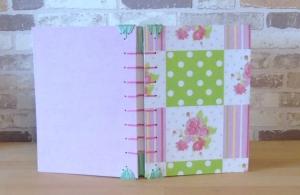Notizbuch A5 - Rose Punkte rosa grün // Tagebuch // Skizzenbuch // Diary // Geschenk // Erinnerungen // blanko - Handarbeit kaufen