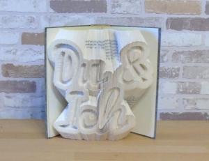 gefaltetes Buch - Du & Ich Kontur // Buchkunst // Dekoration // Geschenk // Valentinstag // Hochzeit // Liebe  - Handarbeit kaufen