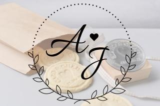 Personalisierter Keksstempel ANJA ♥ 60mm Durchmesser ♥ gravierte Acrylplatte auf Holzgriff montiert