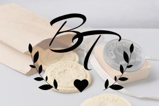 Personalisierter Keksstempel BRITTA ♥ 60mm Durchmesser ♥ gravierte Acrylplatte auf Holzgriff montiert