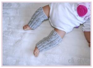 handgestrickte ♥ Baby Stulpen großes Zopfmuster ♥ 100% Schurwolle weich und warm,  verschiedene Größen und Farbwahl