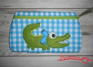 Täschchen mit Krokodil, türkis-weiß kariert mit grün , super süß !   - Handarbeit kaufen