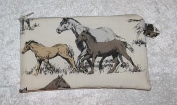 Pferdetäschchen für allerlei Kleinkram / Mädchenkram  - Handarbeit kaufen