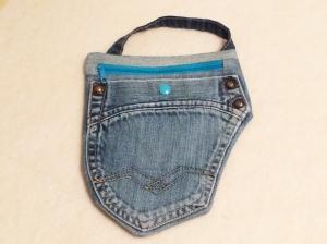 Upcycling Jeans - Tasche zur Befestigung an den Gürtelschlaufen der Hose - Pumpentasche