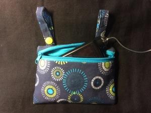 Gürteltasche /  Pumpentasche   - Tasche für Insulinpumpe mit Schlaufen zum Anknöpfen an die Gürtelschlaufen der Hose - Handarbeit kaufen
