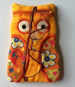 Kleine Eulentasche für die Brille, Libre Lesegerät oder Anderes - Handarbeit kaufen