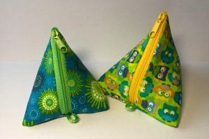 Schnullertasche oder Kleines Täschchen für Mädchenkram oder allerlei Krimskrams - Handarbeit kaufen