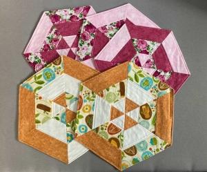 Sechseck Deckchen in Patchworktechnik - Platzset - Handarbeit kaufen