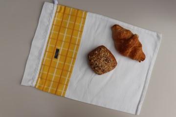 Brotbeutel *giallo* Baumwolle weiß mit Kordel von friess-design  - Handarbeit kaufen